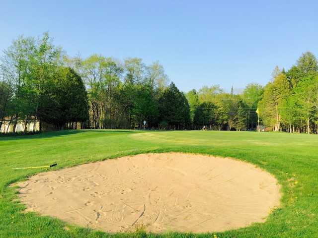 Inverugie golf club in georgeville for Club piscine quebec qc